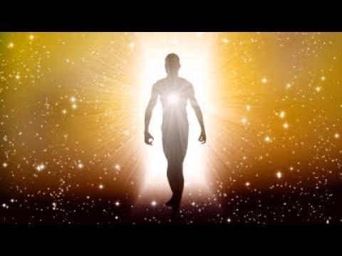 הרב יונתן בן משה - מה קורה לאדם שנפטר ? יש נשמה ויש גוף -הגוף לאדמה הנשמה לאן ? חזק !!