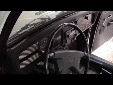 "1971 Superbeetle ""restoration"" Part 1: Removing some of the interior"