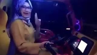 SOPIR CNTIK hijab goyangan ya mantap