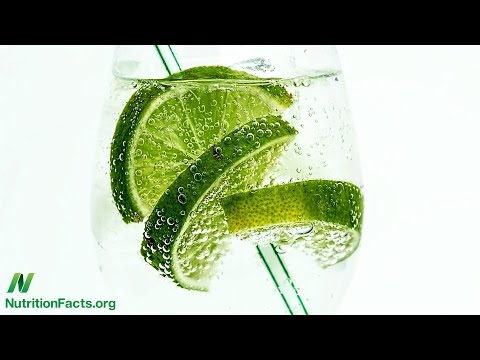 Club Soda for Stomach Pain and Constipation