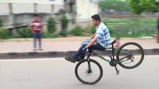 Crazy Bicycle Stunts - Jumps Over the Boy - Freestyle bicycle Stunts by Abir Hossain - Simple Crafts