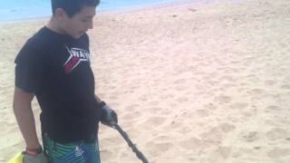 Metal detecting bulli Beach Australia Whites Gmz