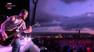 Paramore - Still Into You - Reading Festival 2014 [HD 1080i]
