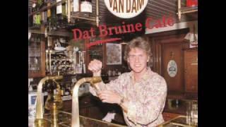 Pierre van Dam - Dat bruine café