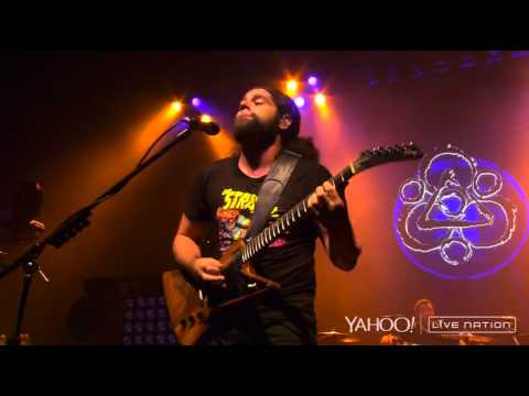 In Keeping Secrets of Silent Earth: 3 - Dallas Neverender Tour Live