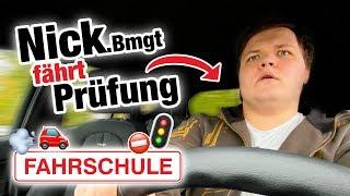 Praktische Führerscheinprüfung mit Nick 🚘 | Fischer Academy