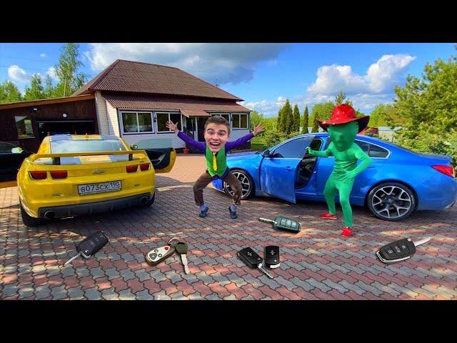 Mr. Joe found A LOT OF Car Keys in Opel & in Hover & in Camaro VS Green Man on Parking 13+