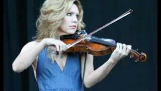 YouTube - Alison Krauss - The 3 Bells.flv