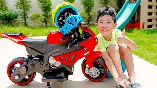 예준이의 슈퍼 바이크 자동차 장난감 조립놀이 어린이 오토바이 전동 자동차 Superbike Power Wheels Car Toy for Kids