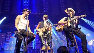 Cook It Up - The BossHoss w/Special Guest Seasick Steve Live@Barclaycard Arena Hamburg