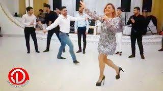 Meşhur Müğenni Dana Toyda Rəqsiyle Hamiya Meydan Oxuyur