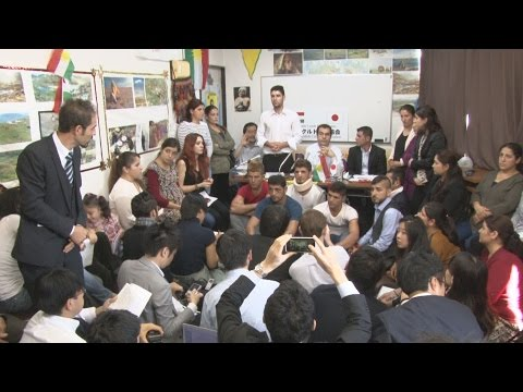 「争うつもりはない」 乱闘事件でクルド人が記者会見