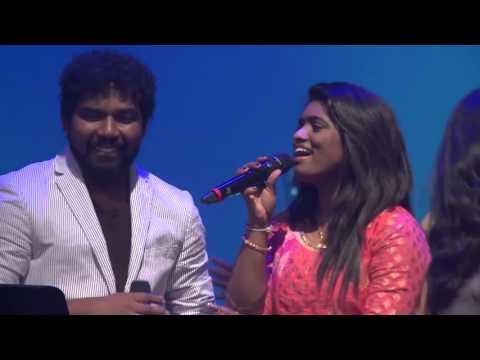 Kuththu Round  Diwakar & Sonia with Shianaaz Band
