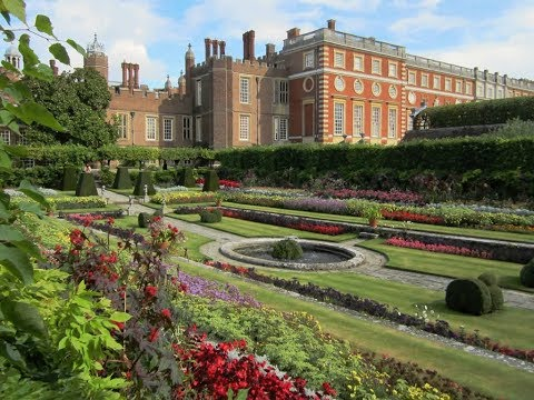 Places to see in ( Hampton - UK )