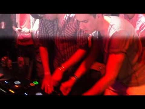 Erol Alkan & Boys Noize - Yeah/Lemonade (LIVE @ Bamboo Bar in Philadelphia 9/5/10)