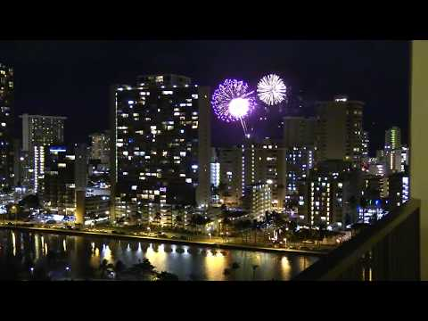 2018 New Year Fireworks over Honolulu