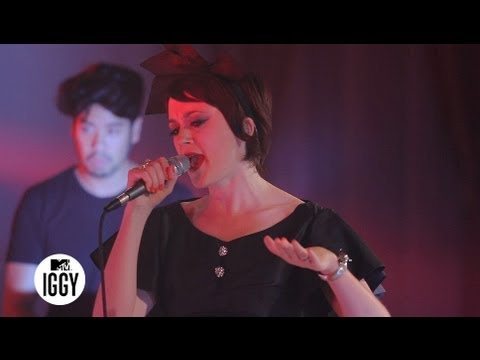 """Ladytron — """"Destroy Everything You Touch"""" — MTV Iggy Live"""