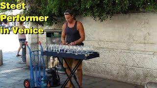 Street performer in Venice