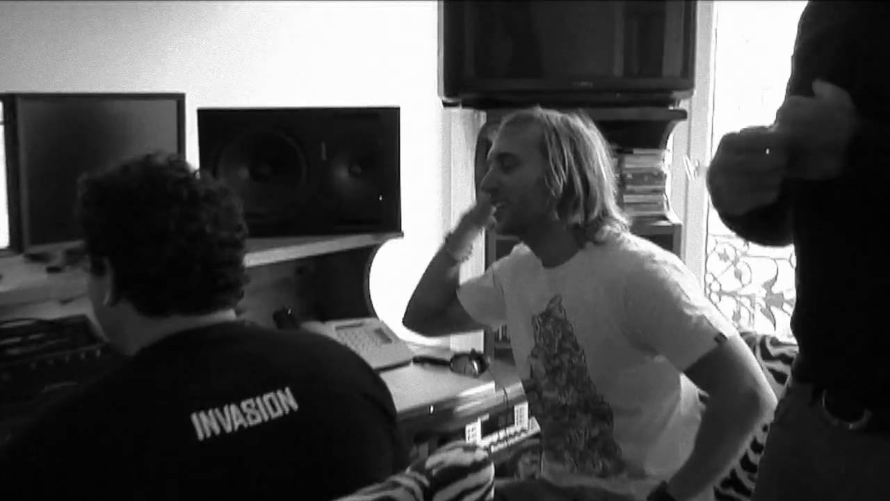 Download D. Guetta C. Willis S. Angello S. Ingrosso - Everytime We Touch V2