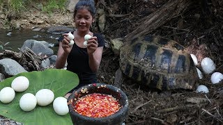 Find Turtle eggs to Cook for Food in Jungle - Turtle eggs for Food forest & eating delicious Ep 38