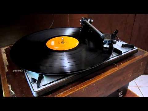 Jimmy Cliff - Hot Shots