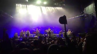 Mumford and Sons - You Shook Me All Night Long (live at Okeechobee Music Festival 03.06.16)