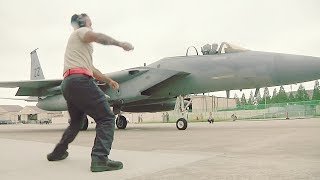 US Fighters THUNDEROUS Takeoffs During