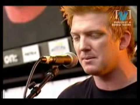 Queens Of the Stone Age - Gonna Leave You (acoustic live)