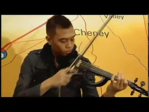 violin de la caye en vivo Andres Bryson   Edge of Glory   LIVE on NBC.mp4
