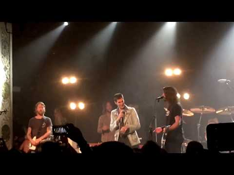 Foo's Addiction—Perry Farrell and Foo Fighters play