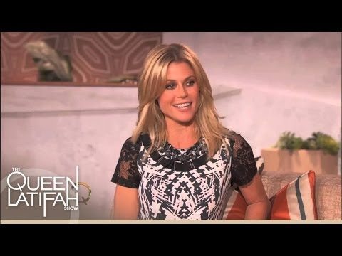 Julie Bowen Says the Hardest Job Is Being Home