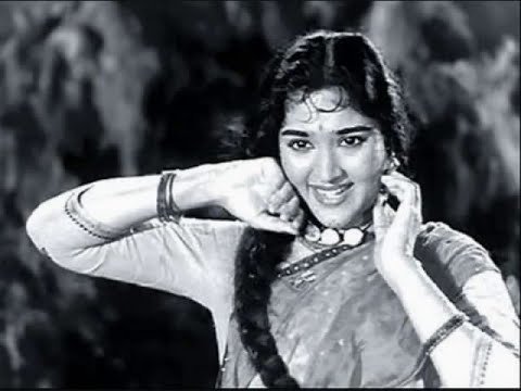 Bagad Bam Bam Bam Baje Damaroo..Vyajyantimala - Kathputli- Lata -hasrat Jaipuri - S J