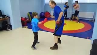 Индивидуальное обучение маленьких детей боксу.  71 ( Конкин И.)