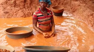 Inside Ivory Coast\'s hidden gold rush | The Economist