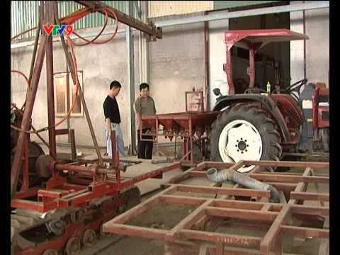 Máy gặt kubota 688.flv