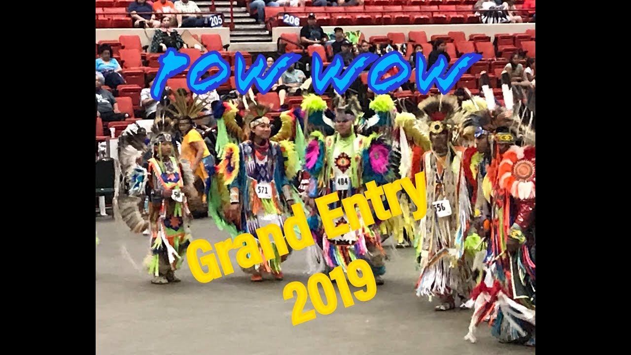 GRAND ENTRY - 2019 - POW WOW - RED EARTH FESTIVAL / LE KHAI MAC LE HOI VAN  HOA CUA NGUOI DA DO O MY