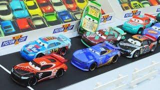 Cars 3 : Team Piston Cup Race! - StopMotion