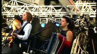 Arcade Fire - No Cars Go   Rock en Seine 2005   Part 3 of 10