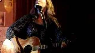 Watch Tift Merritt Plainest Thing video