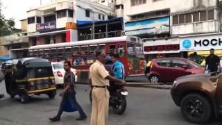 ranveer singh dancing in the middle of a mumbai street