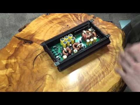 Amp Guts 2016, a look inside 5 random amplifiers.
