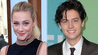 Zapętlaj Lili Reinhart GUSHES Over Baby Cole Sprouse While Watching Friends Reruns | Clevver News