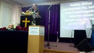 Download Video Story Tentara Kristus Wanita MP3 3GP MP4