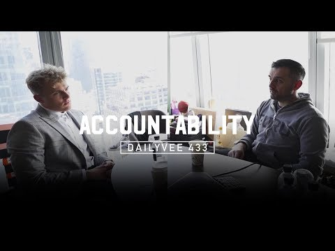 There's Method to the Madness | DailyVee 433