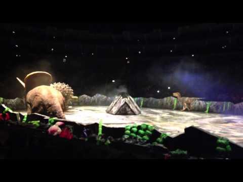 Walking with Dinosaurs - Tyrannosaurs Rex, Stegosaurus and Torosaurus