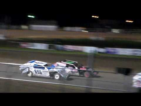 Modified Amain @ Independence Motor Speedway 08/20/16