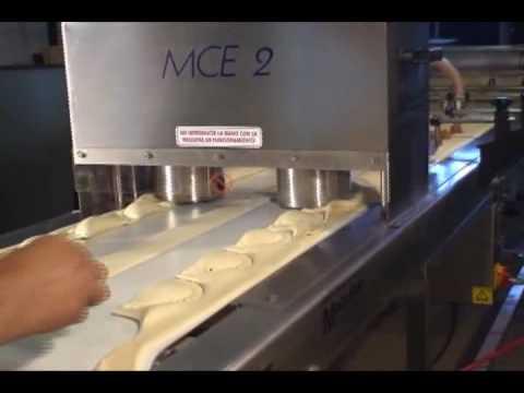 Maquina de hacer empanadas MCE2