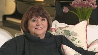 Linda Ronstadt Reveals What Life Is Like After Singing Silenced By Parkinson