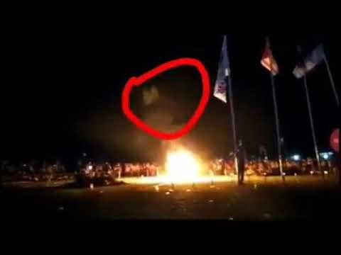Gempar penampakan kuntilanak api unggun