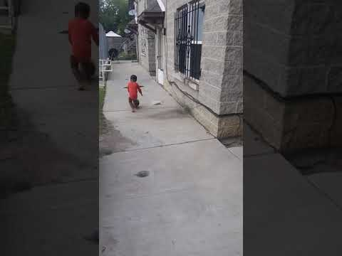 Keyan brooks 2yr old out of chicago has ball control